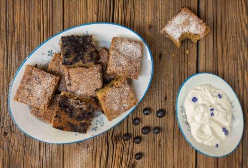 Borůvkový koláč se skořicí